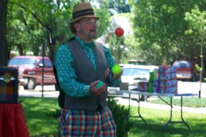 Juggling; Also learning about the meaning of Red, Yellow and Green lights